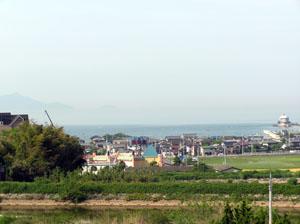 津田の海、水平線はドコ?