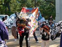2009年 津田秋祭り 西町の獅子舞の写真
