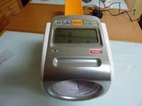 オムロン デジタル自動血圧計 スポットアーム HEM-1020