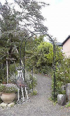 安冨さん宅の癒しハウス「オープン・ガーデン」の写真