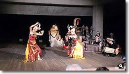 2014年8月2日 津田石清水神社 夏越祭 バリ舞踊の写真