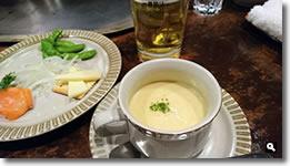 2017年12月21日 さぬき市津田「鉄板焼よしはら」のスペシャルコースのオードブルとスープの写真