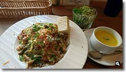 2018年8月28日 Cafe ゆるりと。きのことアサリの和風カルボナーラの写真
