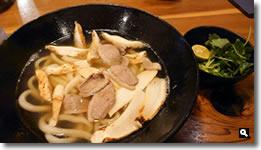2019年12月3日 麺処まはろ 鴨肉の松茸うどん の写真